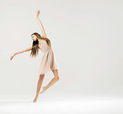 優雅に踊るダンサー